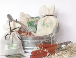set-de-jardineria-con-macetero-de-zinc